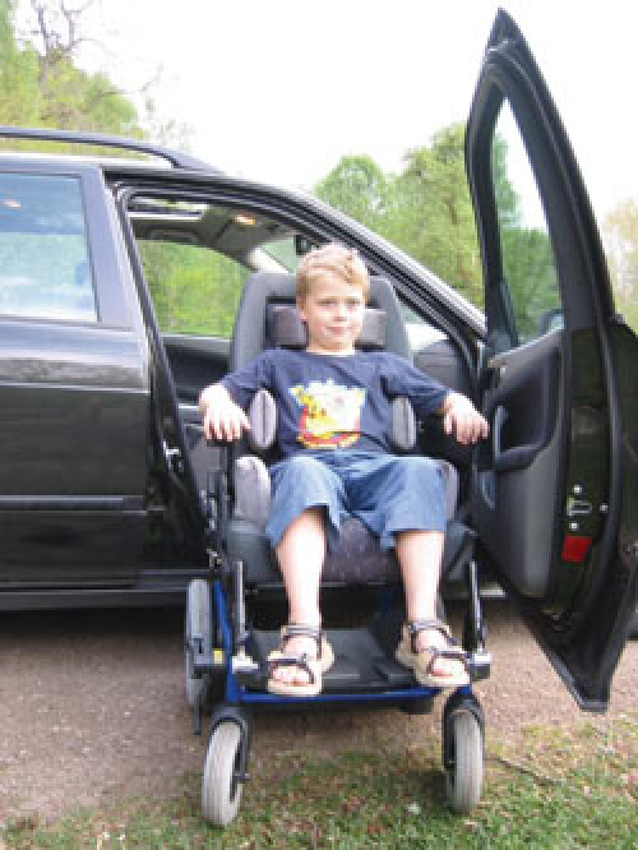 Carony kids le fauteuil qui grandit avec votre enfant for Fauteuil enfant voiture